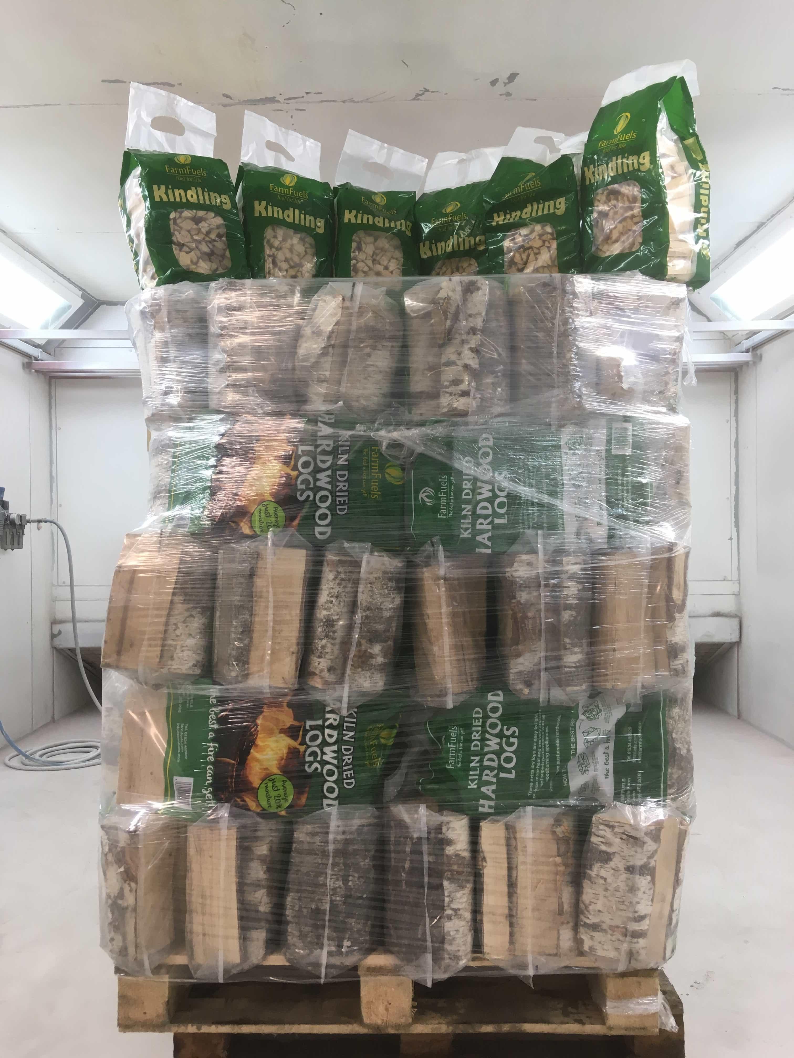60 Kiln Dried Hardwood Logs 30L Polythene + 6 FREE bags of Kindling